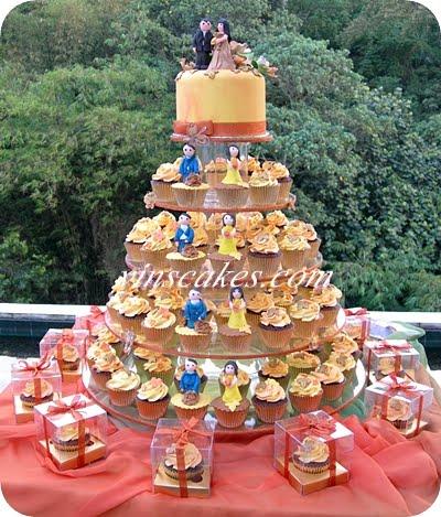 Vins cakes birthday cake cupcake wedding cupcake bandung happy wedding for indra soraya 26th of november 2011 at padma hotel rancabentang bandung junglespirit Images