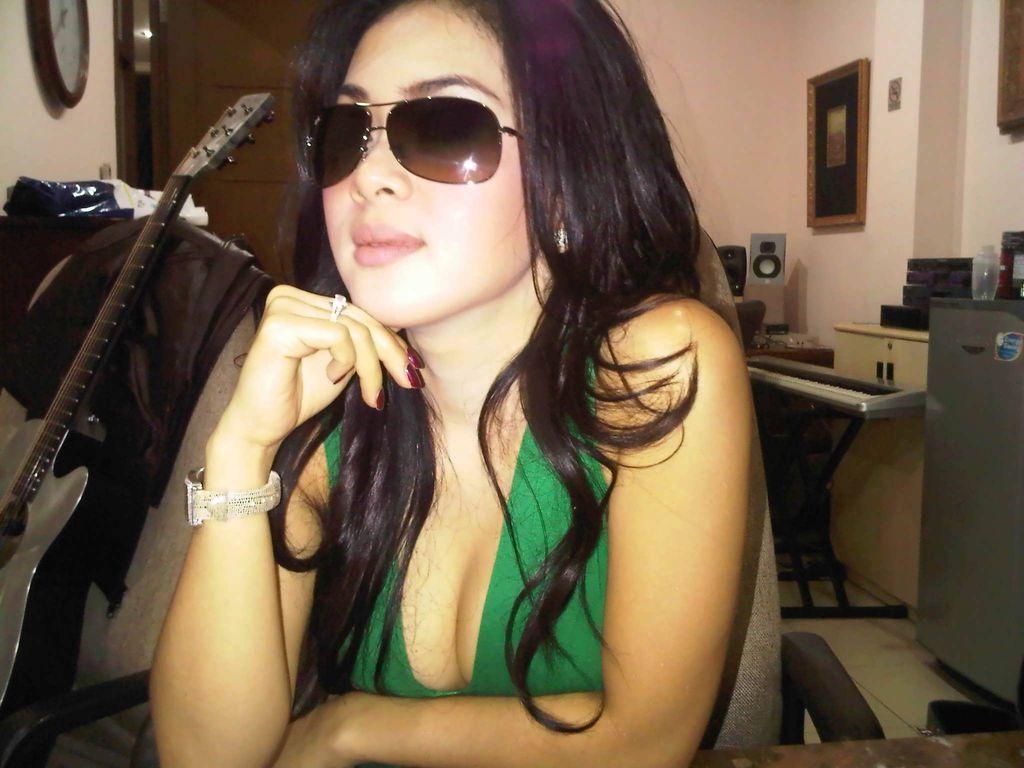 artis gambar indonesia porno