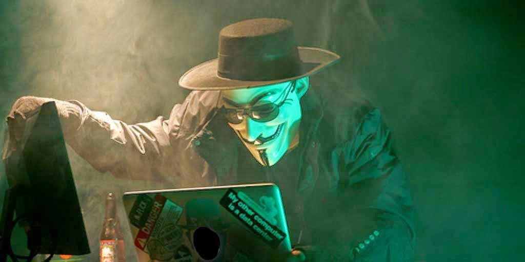 hacker dan cracker