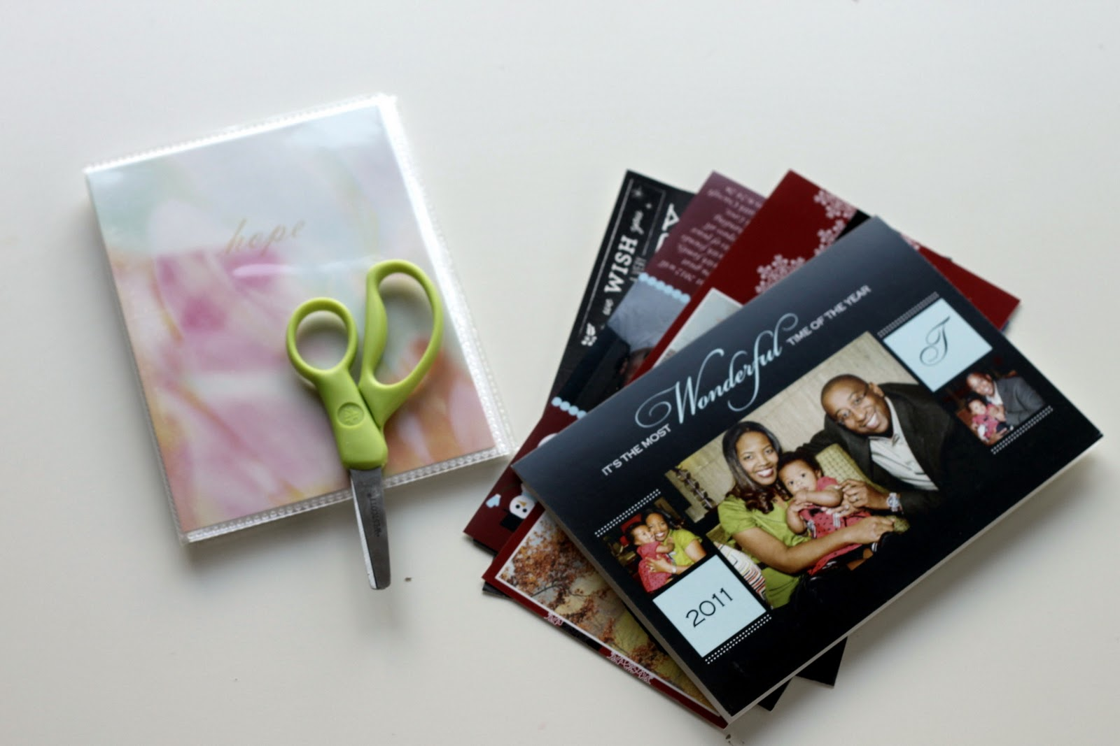 Christmas Card Photo Album Project for Kids | Amanda Medlin
