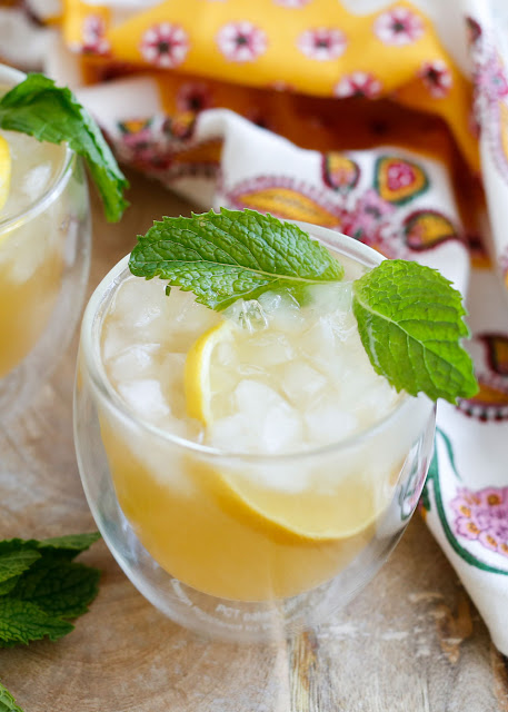 The Whiskey Smash Cocktail is the ultimate grown-up lemonade! get the recipe at barefeetinthekitchen.com