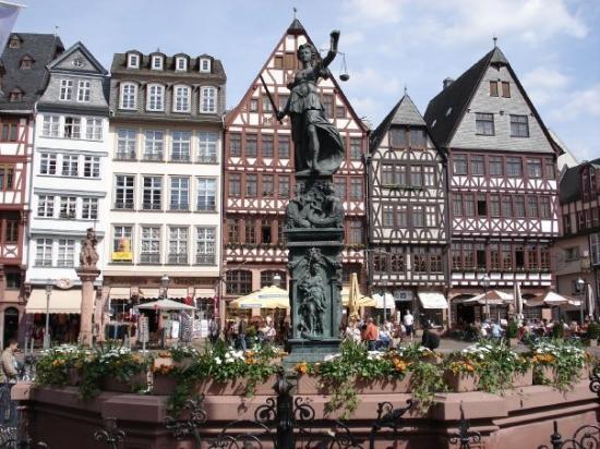 Traveller Information Frankfurt Germany Travel And Tour Guide