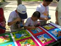 Seni Menconteng Batik