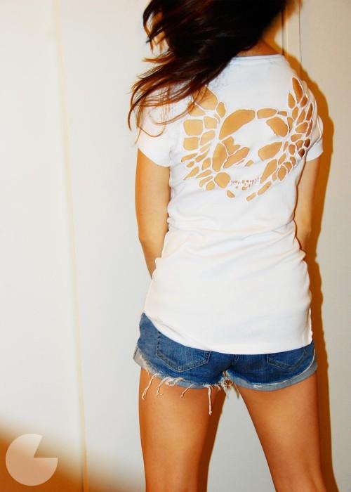 Diy Cut Out T Shirts Oh You Crafty Gal