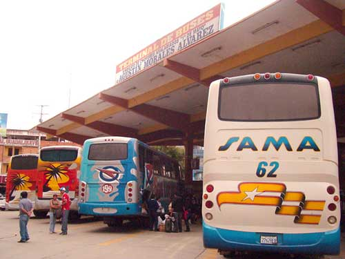 Buses de Tarija viajan por vías alternativas al occidente
