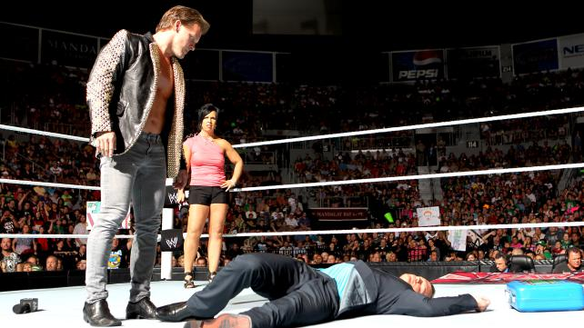 Resultados HFW RAW 7/12/13 Chris+Jericho+Attacks+Dolph+Ziggler