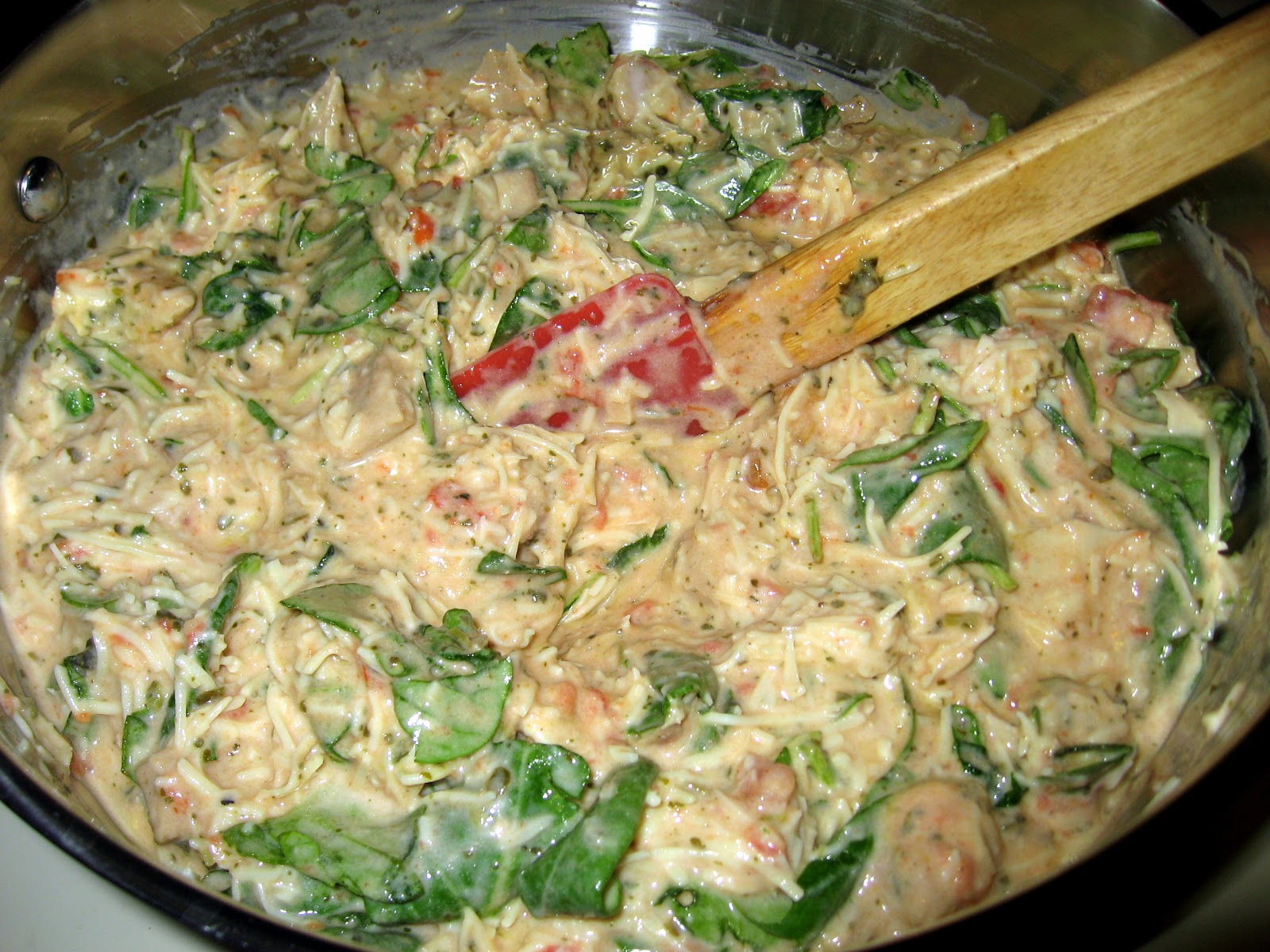 Pesto chicken alfredo freezer meal the virtuous wife pesto chicken alfredo freezer meal forumfinder Images