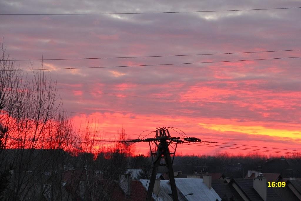 Cienie Tatr, cienie gór, promienie zmierzchowe, crepuscular rays, Tatry z Rzeszowa, Rzeszów, Podkarpacie, shadows of mountains