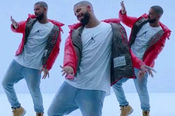 """Drake finalmente divulgou o clipe """"Hotline Bling"""" no Youtube."""
