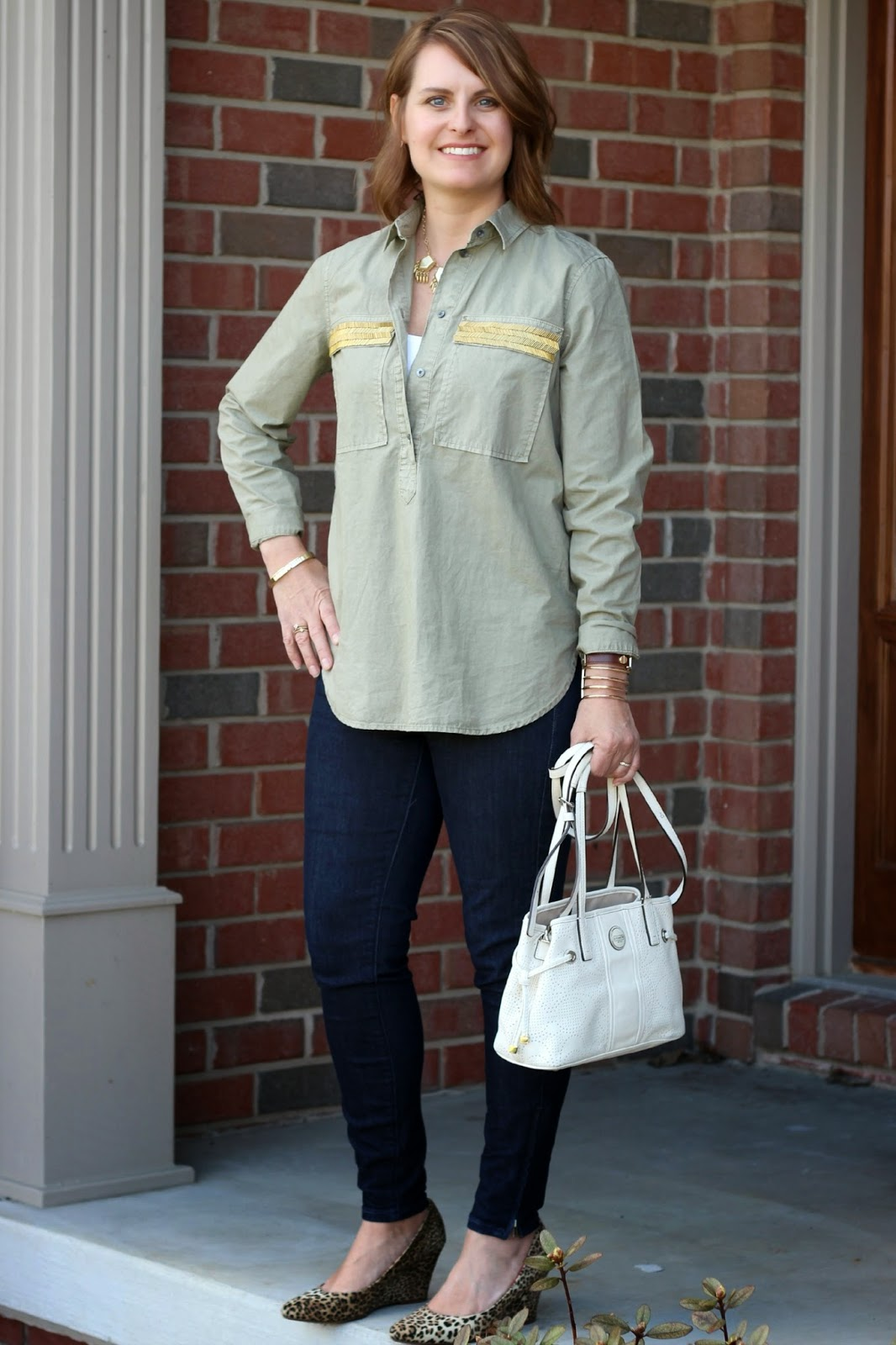Neutrals, gold and leopard accessories, spring look, spring outfit, white bag, leopard wedges
