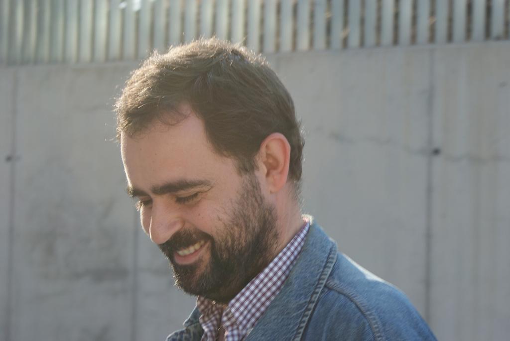 David Vivancos Allepuz (Barcelona, 1970) es licenciado en Geografía e Historia y en Biblioteconomía y Documentación por la Universidad de Barcelona, ... - 4512029921_2ce7ac3e8d_b