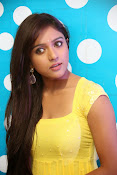 Vithika sheru dazzling photos-thumbnail-8