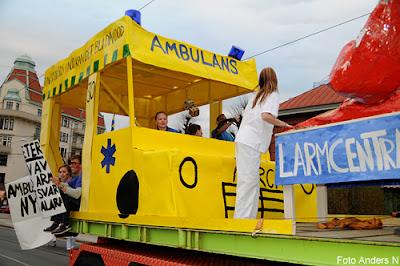ambulans, chalmers, cortegen, kortegen, chalmerskortegen, chalmerskortegen, valborg, valborgsmässoafton, göteborg, foto anders n