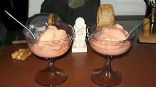 http://www.ricettegrupposanguigno.com/2011/07/gelato-di-pesche-al-latte-di-soia-e.html