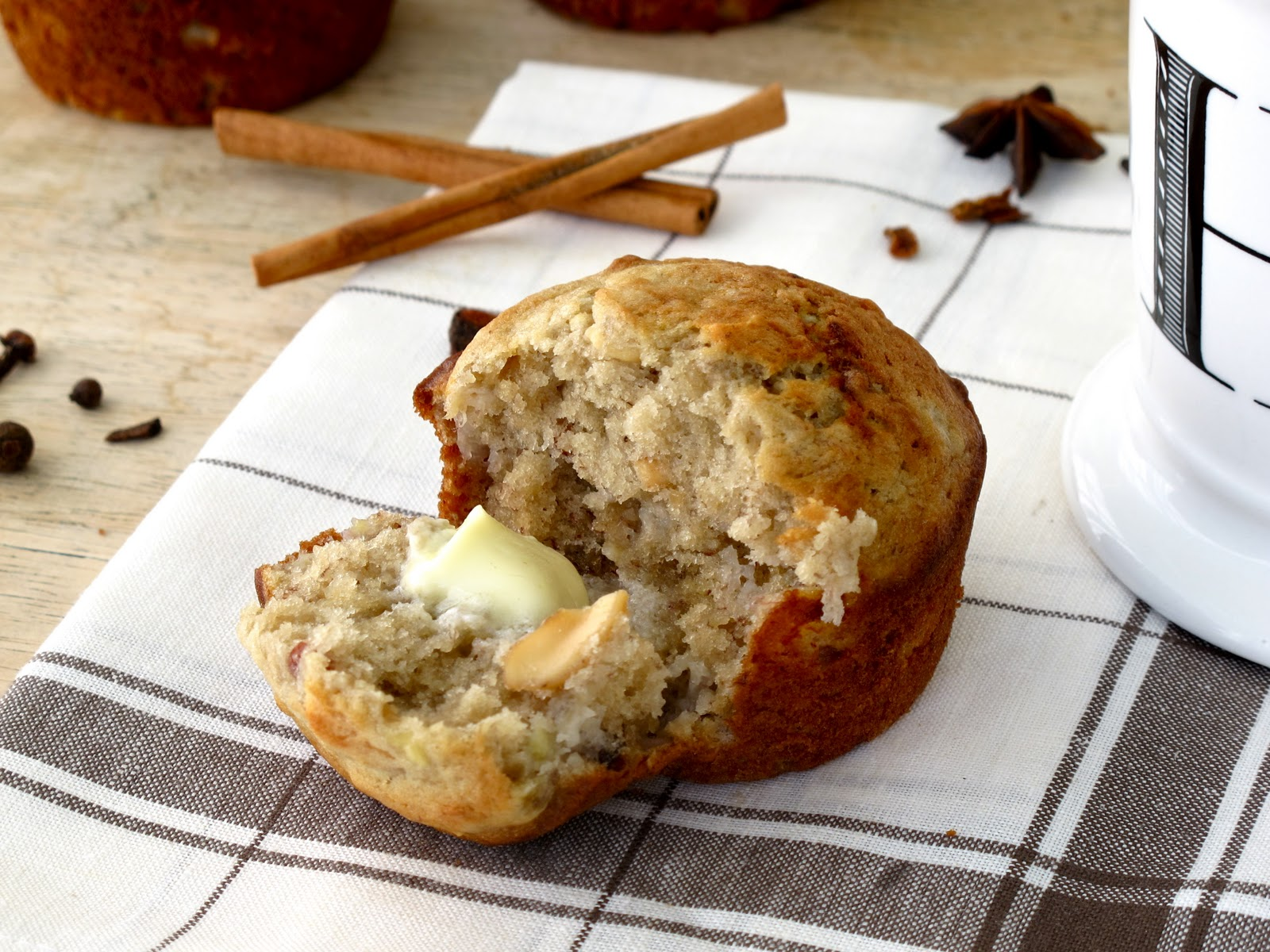 ... Hobick: Banana Nut Muffins | Homemade Banana Nut Muffin Recipe