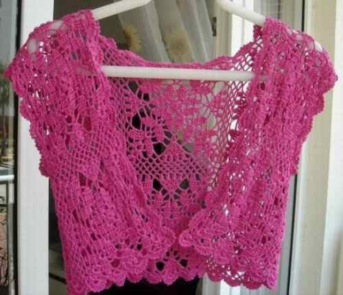 Bolero rosa em crochê