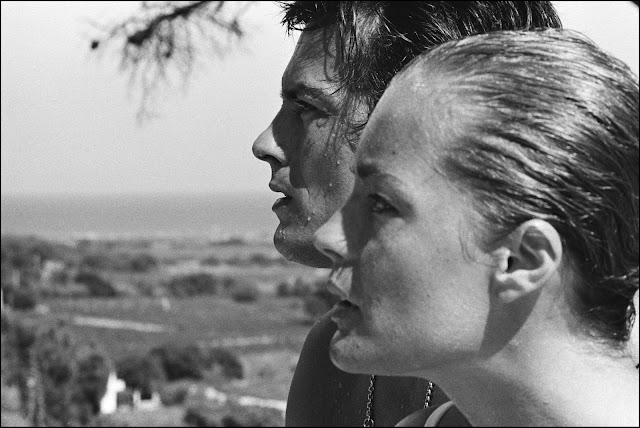 What 39 s up trouvaillesdujour romy schneider a tribute to for Alain delon la piscine