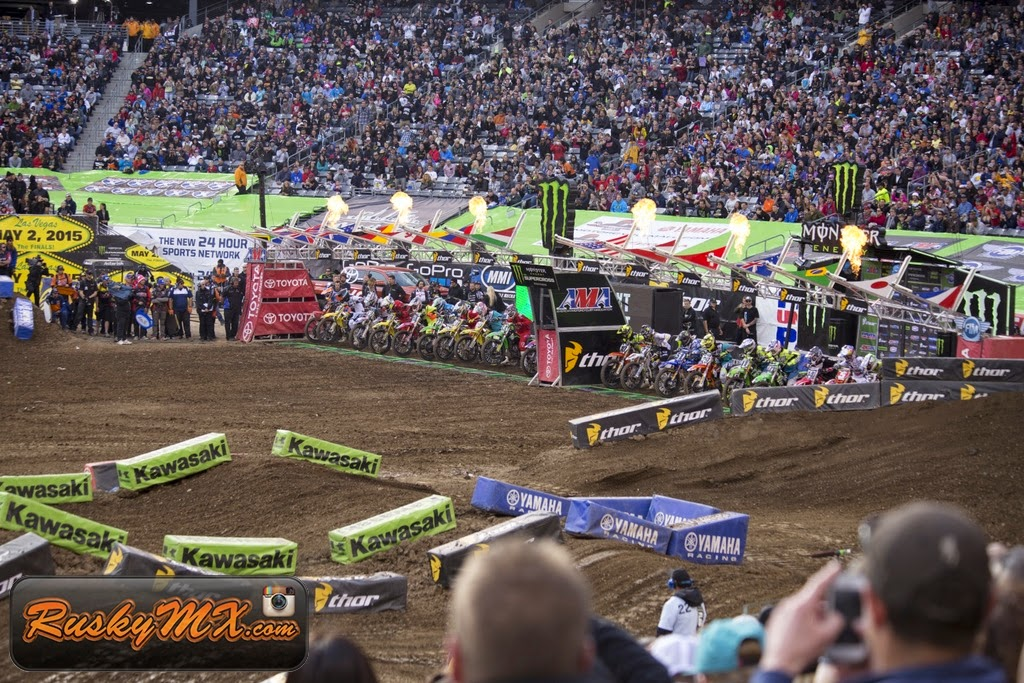 450 Main Event Start Metlife SX 2015