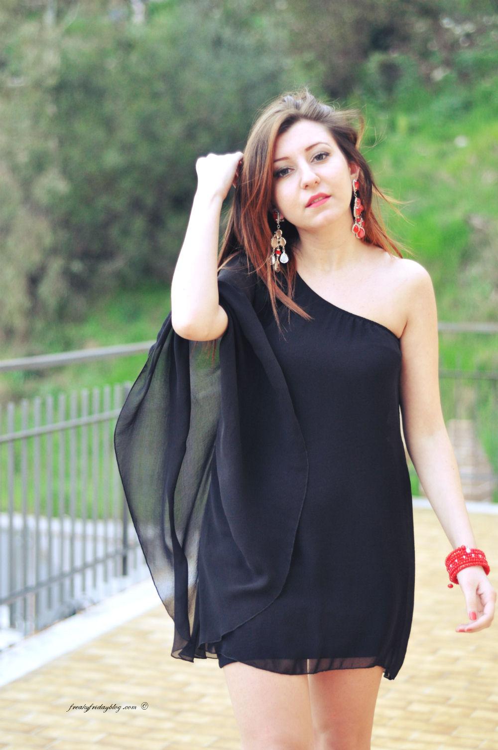 Vestiti da cerimonia: il nero per la sera