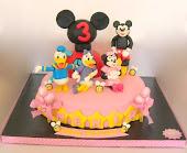 Mickey Mouse, Arkadaşları ve Club Evi.