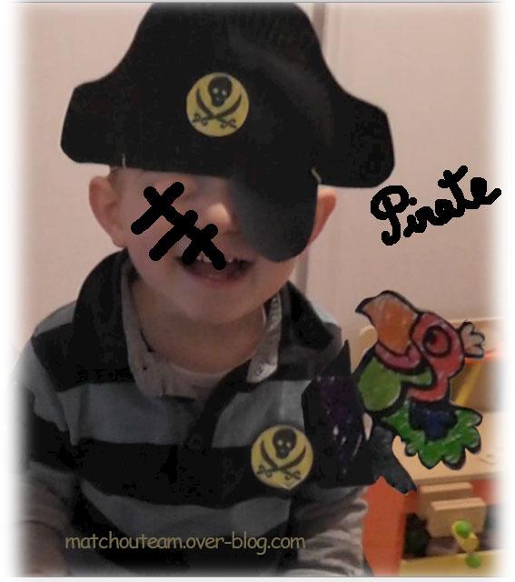 Ma tchou team fabriquer les accessoires du pirate - Fabriquer un chapeau de pirate ...