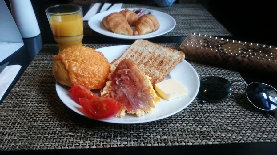 frühstücl leonardo hotel
