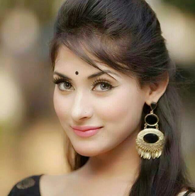 Most beautiful girls in Bangladesh - Smartrena - Life of Entertainment