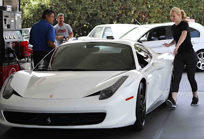 Ferrari 458 Italia Luxury Car Iggy Azalea