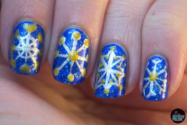 nails, nail art, nail polish, snowflakes, blue, silver, gold, tri polish challenge, hey darling polish, winter
