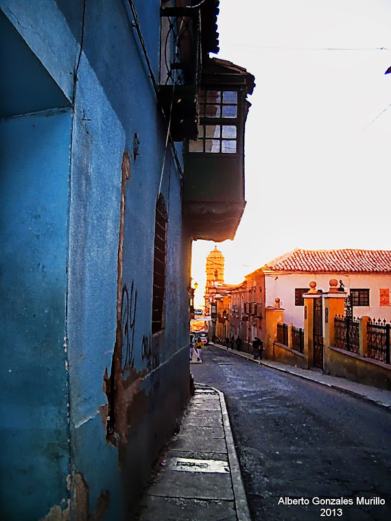 Calle Hoyos