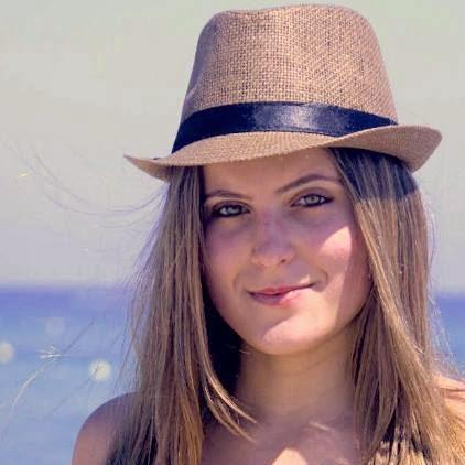 Nathália Reina