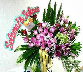 Bunga Standing Pernikahan