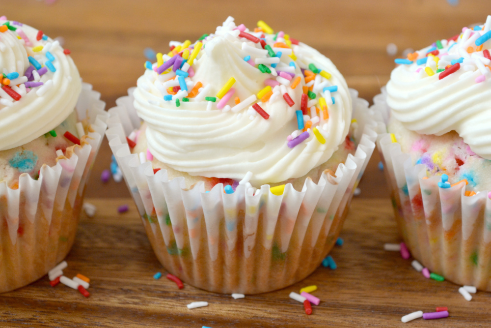 Test Kitchen: Test: Funfetti Cupcakes with Cream Cheese Frosting