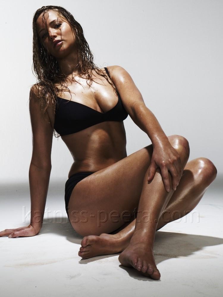 Celebrities in Hot Bikini: Jennifer Lawrence