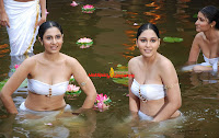 Divya, Parameshwaran, and, Bhaanu, Latest, Spicy, Hot, Stills, from, Ponnar, Shankar, Movie