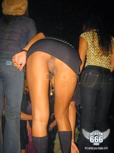 upskirt club thong