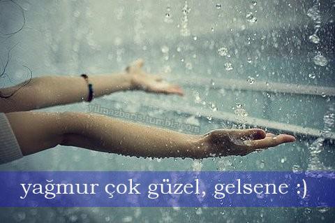 yağmur kız ıslanmak