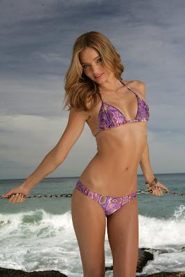 Miranda Kerr Victoria model girl wallpaper