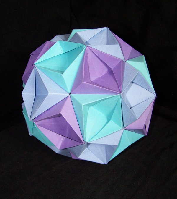 How to make an Origami KusudamaOrigami Kusudama