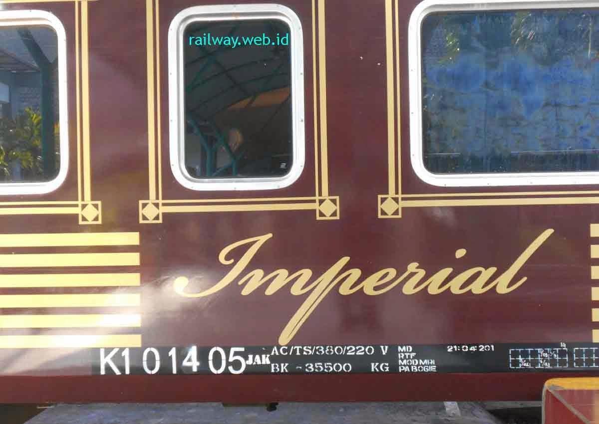 Argo Wilis Bawa Kereta Wisata Imperial