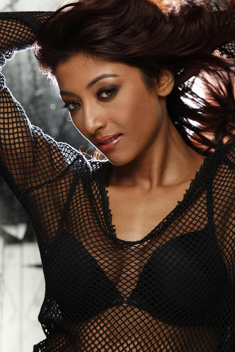 paoli dam & spicy hot photoshoot