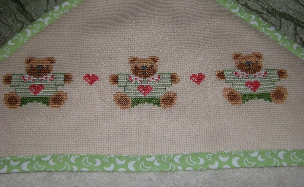 Bordados y tejidos de agustina capa de ba o para beb - Capas de bano bebe personalizadas ...