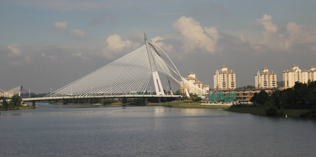 Seri Wawasan Bridge can be seen from the man-made Putrajaya Lake which is situated in front of Masjid Putra or Putra Mosque in Putrajaya, Malaysia