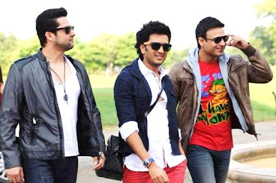 Hindi Movie Grand Masti photos and wallpapers