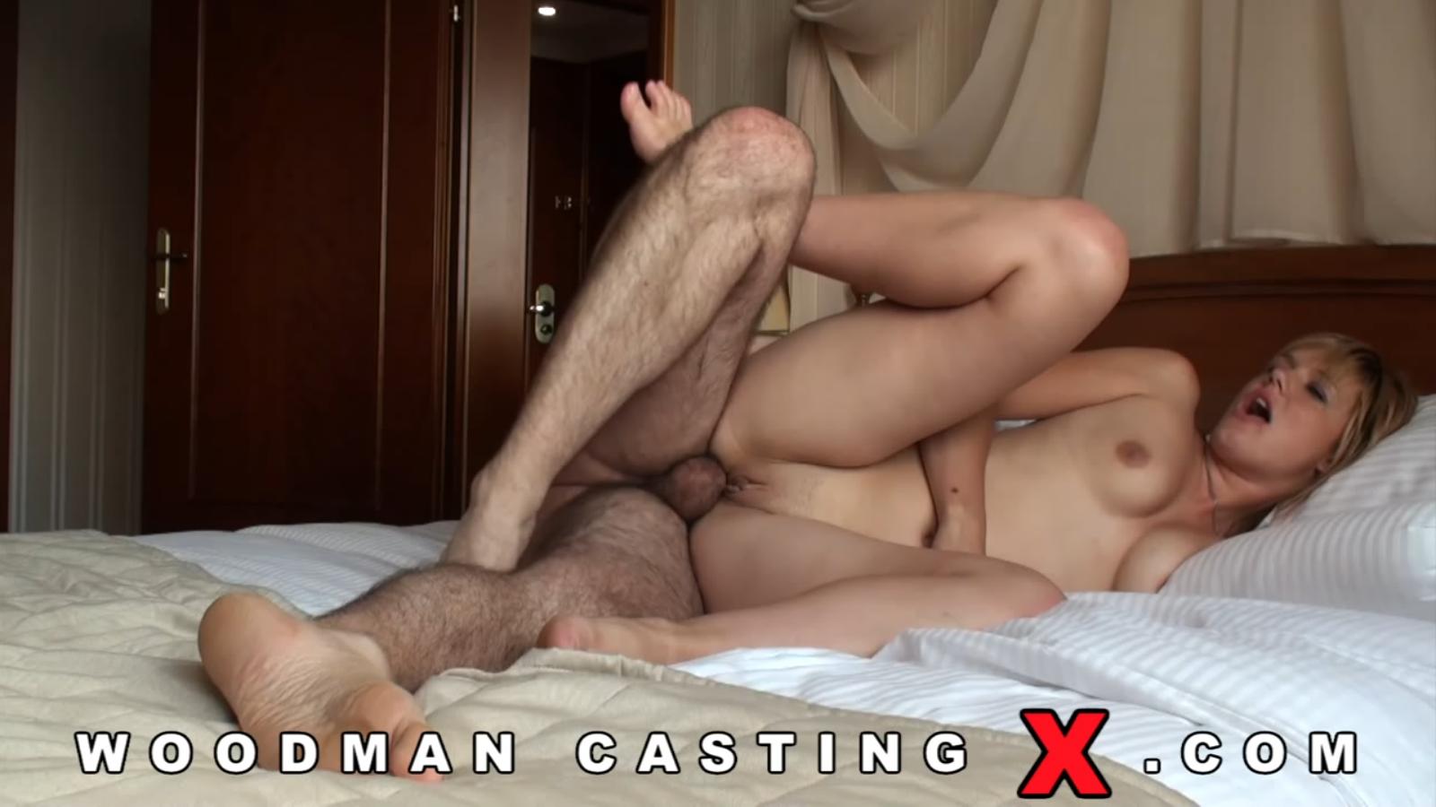 порно кастинг молодых моделей
