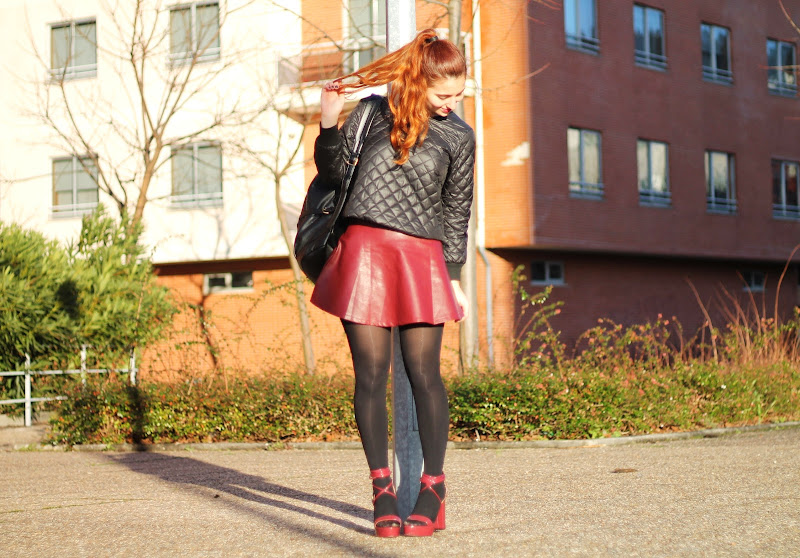 how to wear oxblood skirt from Romwe