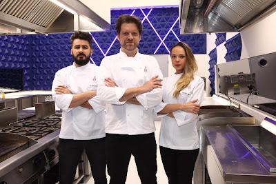 Na foto: o subchefe Zi Saldanha, o Chef Carlos Bertolazi e a subchefe Gilda Maria Bley durante coletiva de imprensa. Crédito: Leonardo Nones/SBT