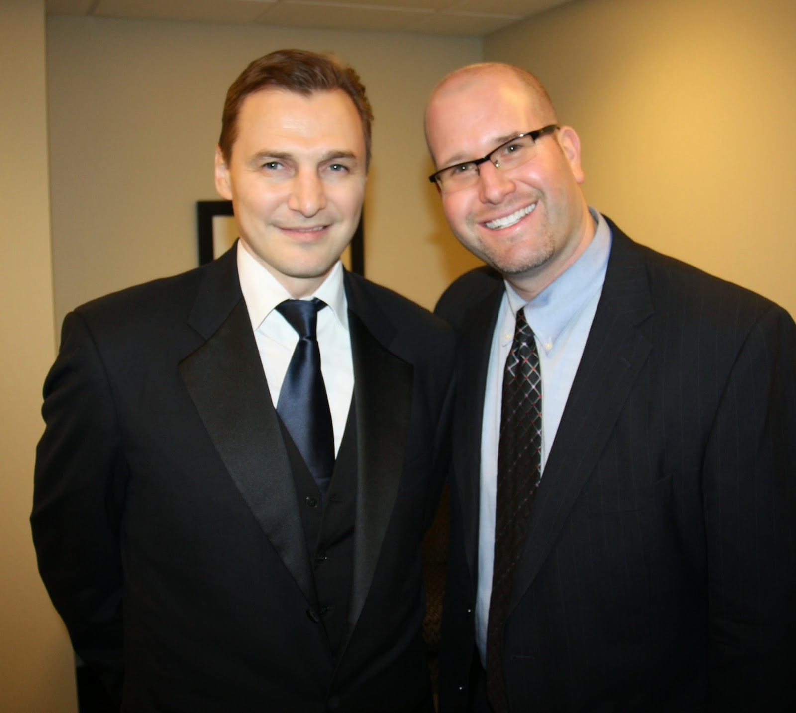 Rabbi Jason Miller and Detroit Red Wings Hall of Famer Sergei Federov