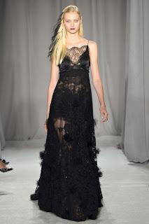 haute couture robe fait main dentelel noir vanessa lekpa Georgina Chapman et Keren Craig