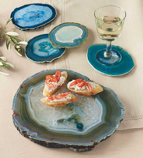 aparador-de-comida-tabua-suporte-copos-pedra-agata-luxo-decorar-casa-decoração-azul-objetos-decorar-luxo-casa